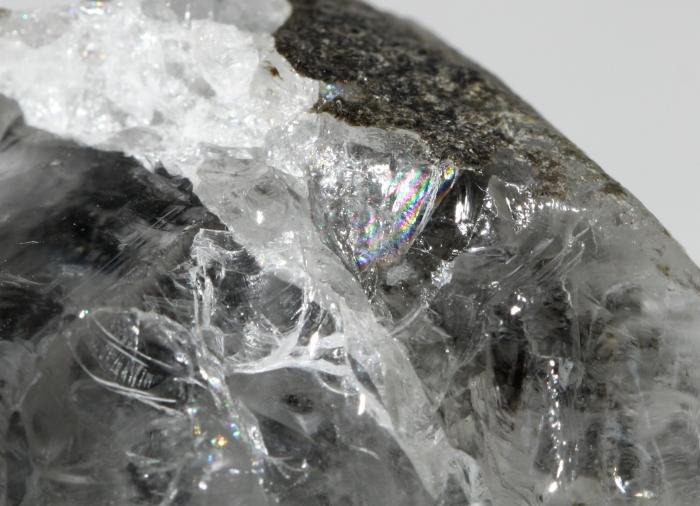 フェナカイト原石 143g(18-mafu-0365)