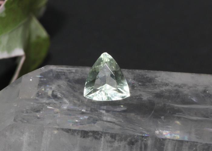 希少石ヘルデライト 1カラット(19-mafu-0385)