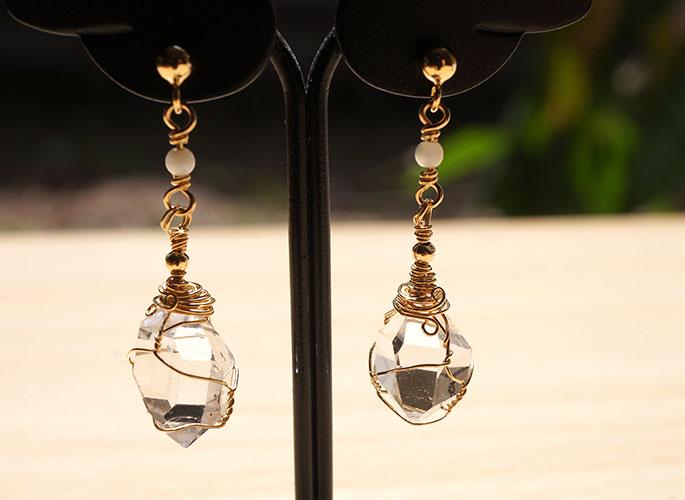 ハーキマーダイヤモンド マザーオブパール ピアス14KGF(20-aki-0478)