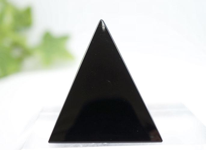 オブシディアン・ピラミッド-0