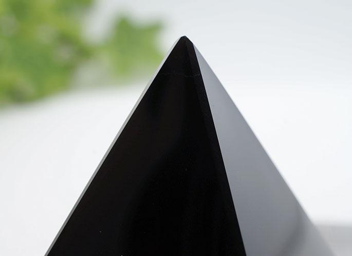 オブシディアン・ピラミッド-1