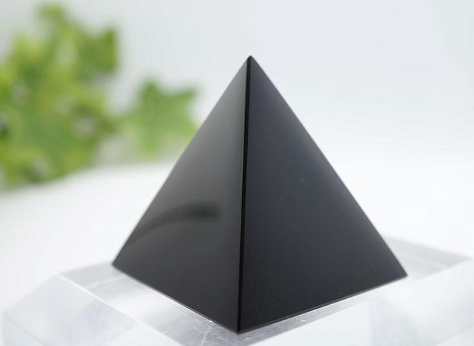 オブシディアン・ピラミッド-3
