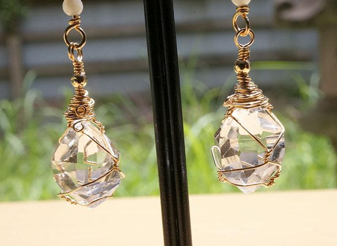 ハーキマーダイヤモンド、マザーオブパール ピアス-2