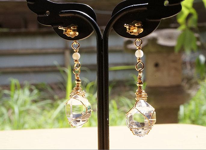 ハーキマーダイヤモンド、マザーオブパール ピアス-3