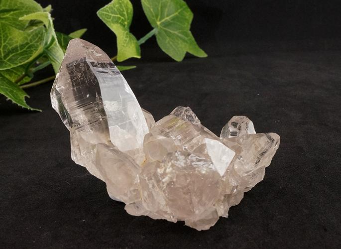 ガネッシュヒマール産水晶 (スモーキーカテドラル クラスター セルフ) ティプリン産 92g-0