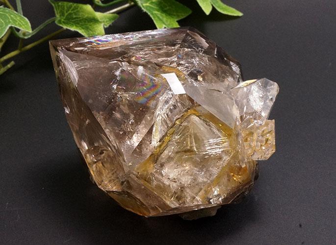 スモーキーハーキマーダイヤモンド(レインボー)