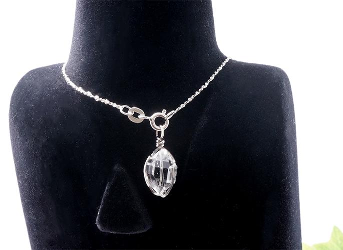 ハーキマーダイヤモンド ペンダントトップ(首の後ろ用)
